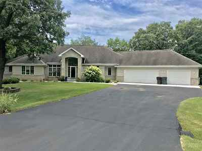 Janesville Single Family Home For Sale: 3921 W Rollingwood Dr