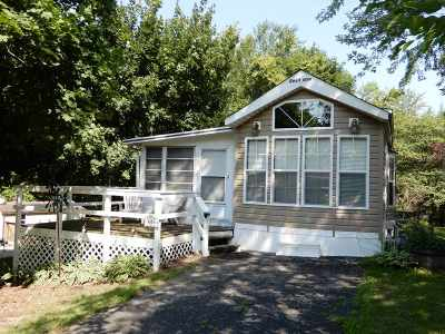 Edgerton Single Family Home For Sale: 488 Westview Ct
