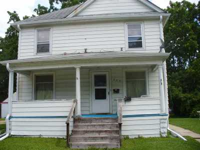 Janesville Multi Family Home For Sale: 333 Lincoln St