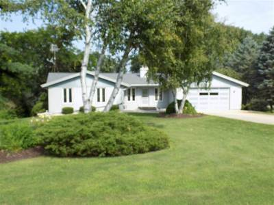 Edgerton WI Single Family Home For Sale: $289,900
