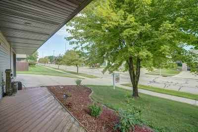 Jefferson County Single Family Home For Sale: 514 W Puerner St