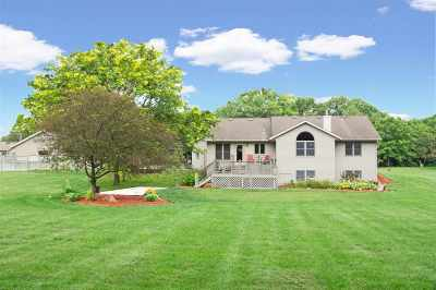 Janesville Single Family Home For Sale: 4524 E Palakwia Dr