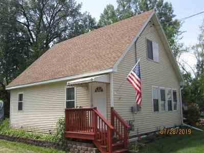 Milton Single Family Home For Sale: 3100 E Thomas St