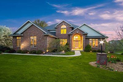 Oregon Single Family Home For Sale: 1345 Connemara Ln
