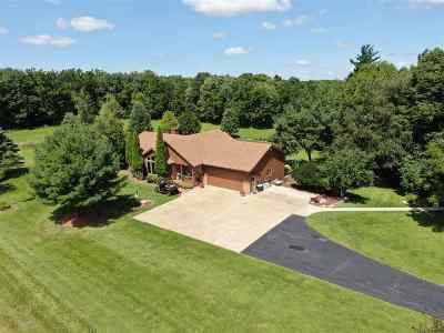 Columbia County Single Family Home For Sale: N707 Kranz Rd