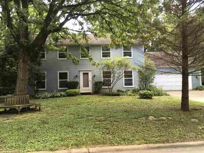 Madison Single Family Home For Sale: 1813 Camelot Dr