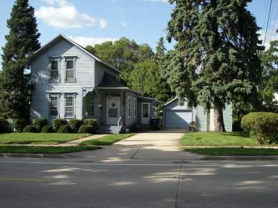 Milton Single Family Home For Sale: 514 W Madison Ave