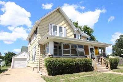Beloit Single Family Home For Sale: 756 Lincoln Ave
