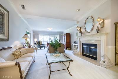 Madison Condo/Townhouse For Sale: 1605 S Golf Glen #F