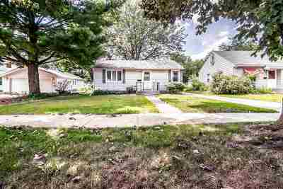 Janesville Single Family Home For Sale: 1021 N Walnut St