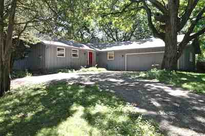 Janesville Single Family Home For Sale: 3339 W Rollingwood Dr
