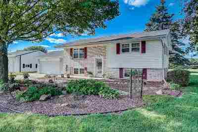 Janesville Single Family Home For Sale: 3720 W County Road A