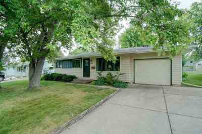Madison Single Family Home For Sale: 1518 Delaware Blvd