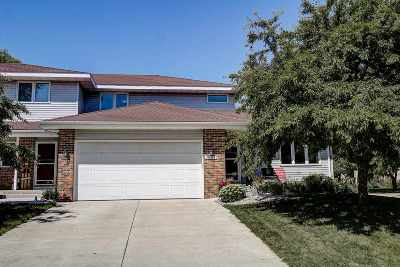 Waunakee Condo/Townhouse For Sale: 1901 Winchester Way