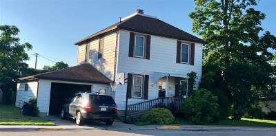 Platteville Single Family Home For Sale: 265 Park Pl