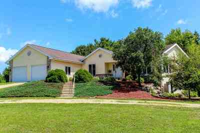 Cambridge Single Family Home For Sale: W9272 Red Feather Dr