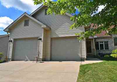 Cottage Grove Single Family Home For Sale: 137 Maria Ln