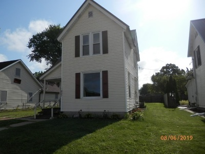 Richland Center Single Family Home For Sale: 427 S Main St