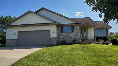 Deforest Single Family Home For Sale: 403 Old Indian Tr