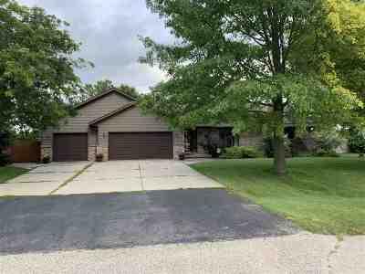 Beloit Single Family Home For Sale: 3169 Davis Dr
