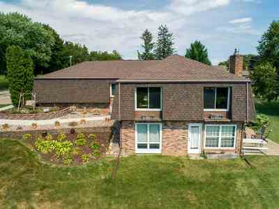 Lancaster WI Single Family Home For Sale: $264,500