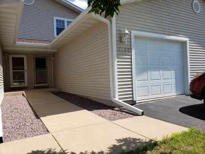Baraboo WI Condo/Townhouse For Sale: $129,900