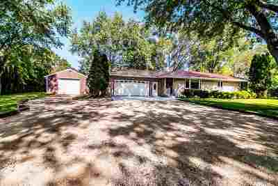 Janesville Single Family Home For Sale: 5332 N County Rd H