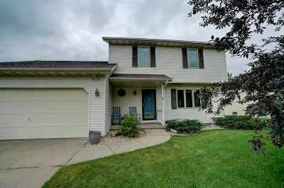 Deforest Single Family Home For Sale: 400 Prairie Grass Tr