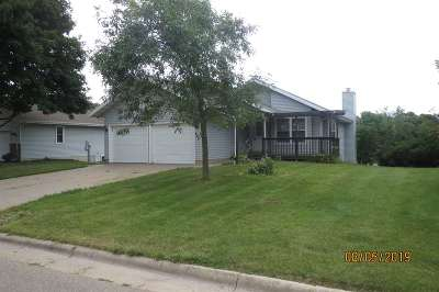 Deforest Single Family Home For Sale: 821 Acker Pky