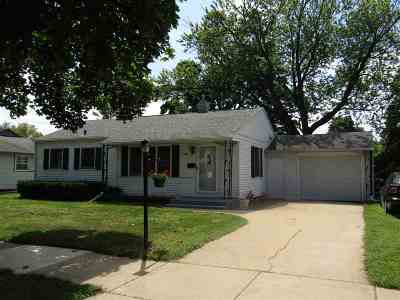Janesville Single Family Home For Sale: 1210 Matheson St