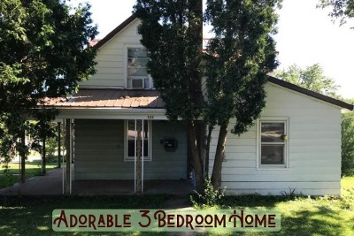 Lancaster WI Single Family Home For Sale: $76,900