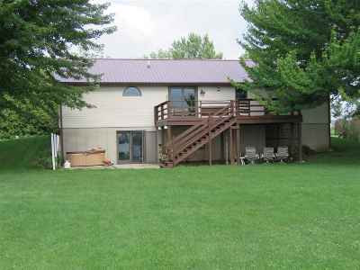 Dodge County Single Family Home For Sale: N7476 Edgewater Dr
