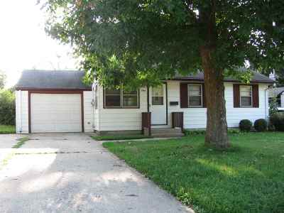 Beloit Single Family Home For Sale: 1969 Pioneer Dr