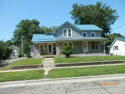 Richland Center Multi Family Home For Sale: 740 N Jefferson St