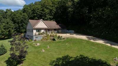 Richland Center Single Family Home For Sale: 15472 Pine Valley Rd