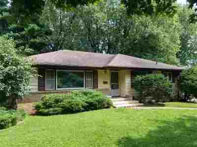 Madison Single Family Home For Sale: 605 Charles Ln