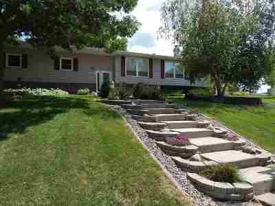 Dodge County Single Family Home For Sale: 217 Cherokee Rd