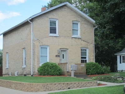 Columbia County Single Family Home For Sale: 423 W Emmett St