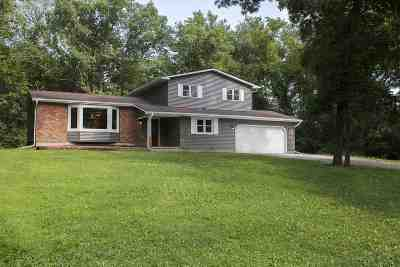 Sun Prairie WI Single Family Home For Sale: $335,000