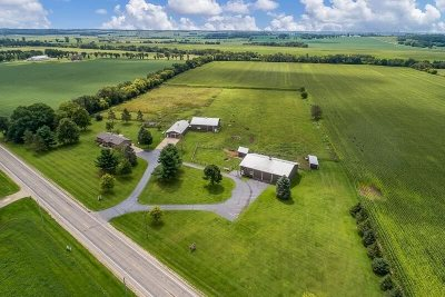 Janesville Single Family Home For Sale: 8109 W Us Hwy 14
