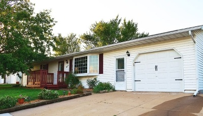 Cuba City Single Family Home For Sale: 413 W Webster St