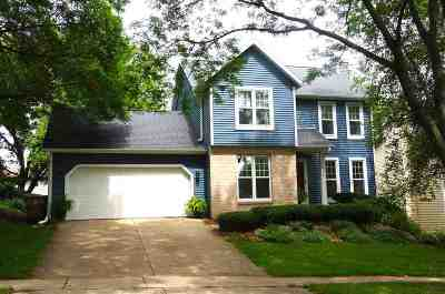 Madison Single Family Home For Sale: 7814 W Oakbrook Cir