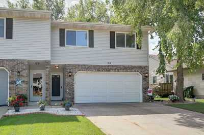 Sun Prairie Single Family Home For Sale: 611 Granite Way