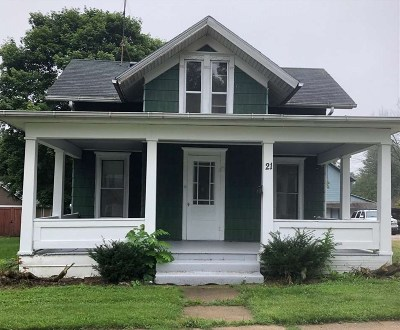 Evansville Single Family Home For Sale: 21 W Liberty St