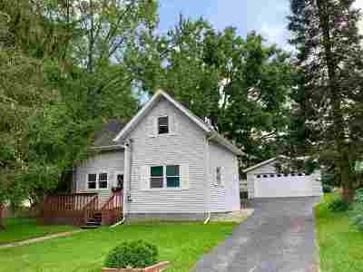 Oregon Single Family Home For Sale: 266 State St