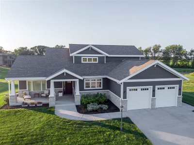 Cambridge Single Family Home For Sale: 711 Kenseth Way