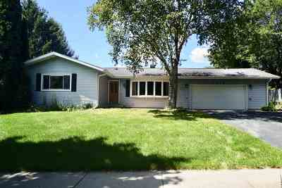 Madison WI Single Family Home For Sale: $299,900