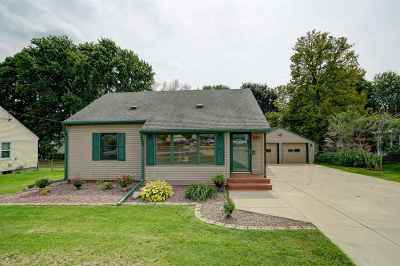 Sun Prairie WI Single Family Home For Sale: $214,900