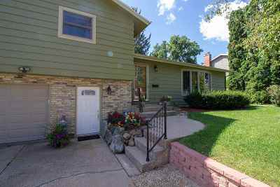 Verona Single Family Home For Sale: 205 Melody Ln