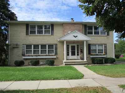 Madison Multi Family Home For Sale: 918 High St
